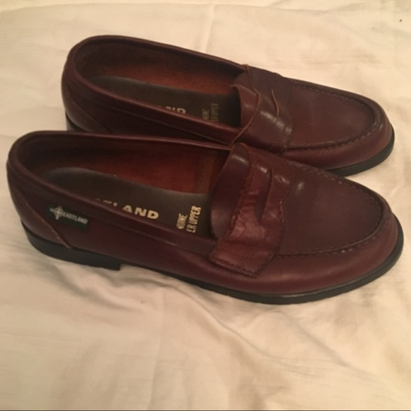 142893bb729fa Vintage 90s Eastland genuine leather penny loafers
